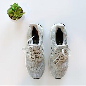 Adidas Ultraboost | Gray & White Sz 5 1/2